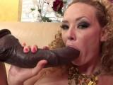 Vidéo porno mobile : Triple anal penetration: she's adventurous